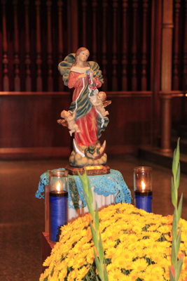 Feast of our Lady of the Rosary 100714