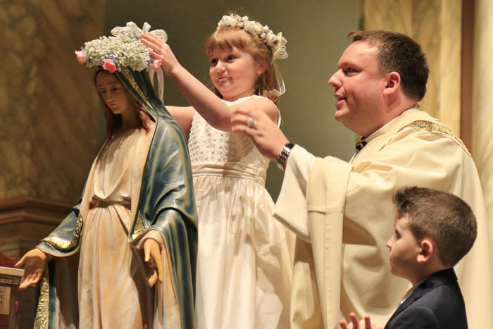 CROWNING OF THE BLESSED MOTHER